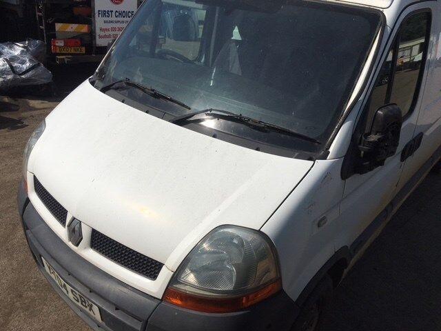 Генератор на Renault Master номер/маркировка: 560366