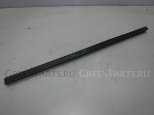 Уплотнительная резинка на Mazda Tribute C01, CU09B AJ EC0172821D