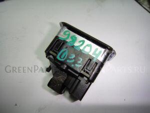 Кнопка на Mercedes W117 CLA W117 270.910
