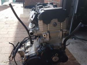 Двигатель gsx-r750 srad r726