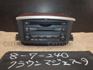 Автомагнитофон на Toyota Crown Majesta URS206 1UR-FSE