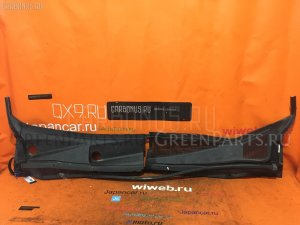 Решетка под лобовое стекло на Nissan Serena C25