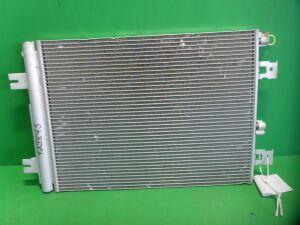 Радиатор кондиционера на Renault Logan