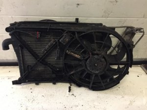 Радиатор на Opel Vectra