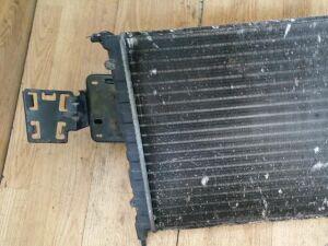 Радиатор на Renault Megane