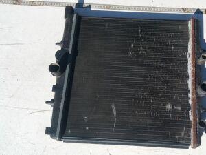 Радиатор на Peugeot 307