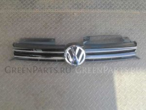 Решетка радиатора на Volkswagen Golf WVWZZZ1KZCW060960 CAX