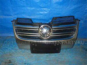 Решетка радиатора на Volkswagen Golf WVWZZZ1KZ9W142402 BYD